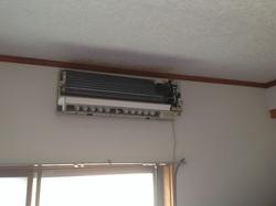 エアコンの分解